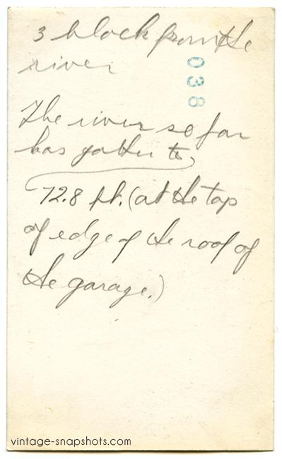 Inscription on rear of vintage snapshot detailing how far the Cincinnati flood waters had risen